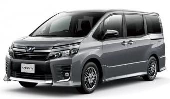 Цена Toyota Voxy 2014 года в Омске