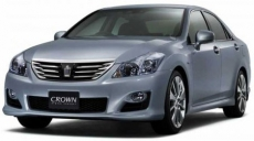 Фото Toyota Crown